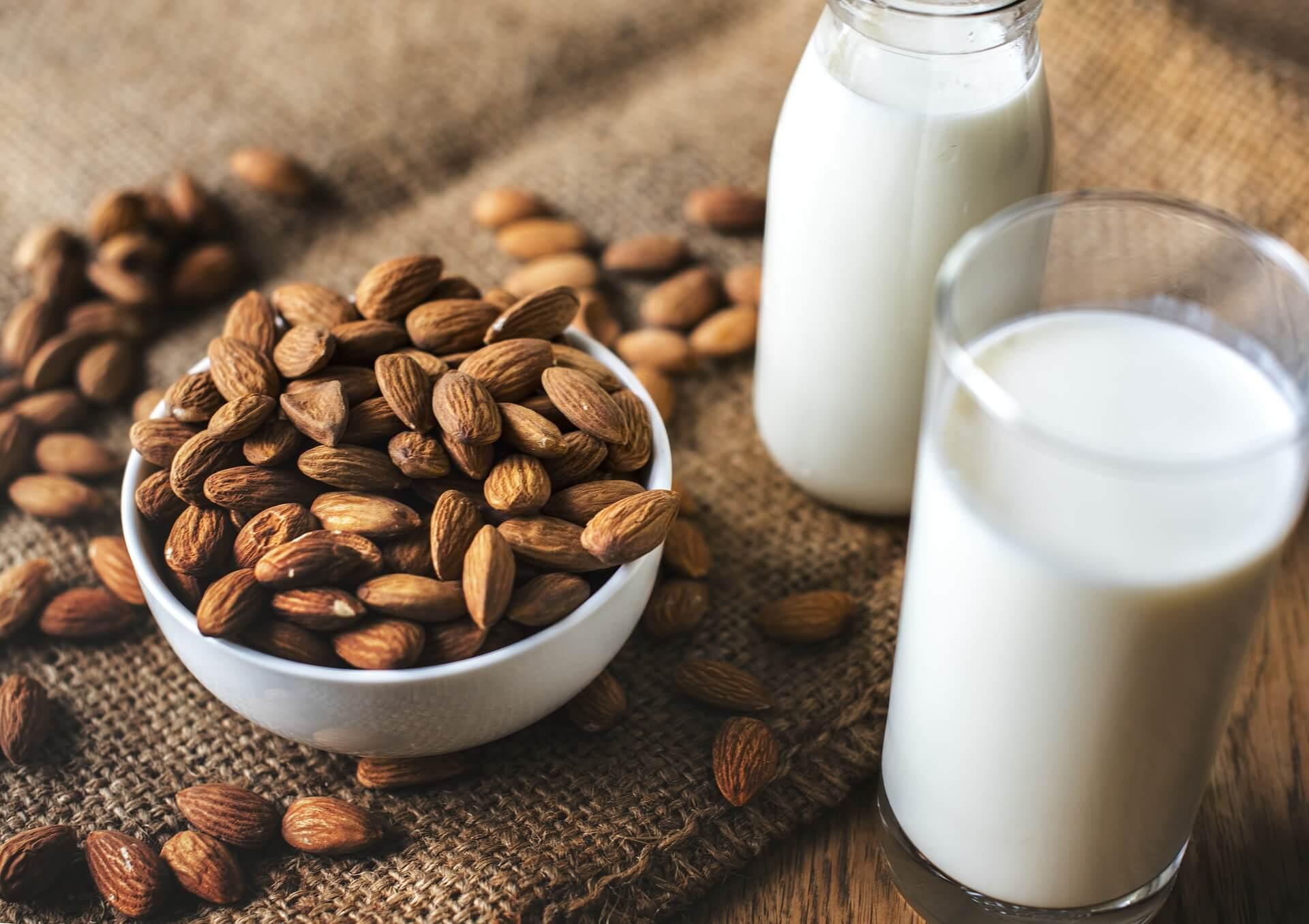 Lait végétal lait d'amande
